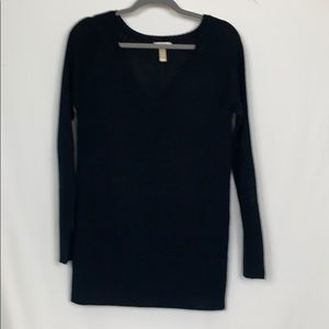 Ambiance apparel black v neck sweater size Lg.